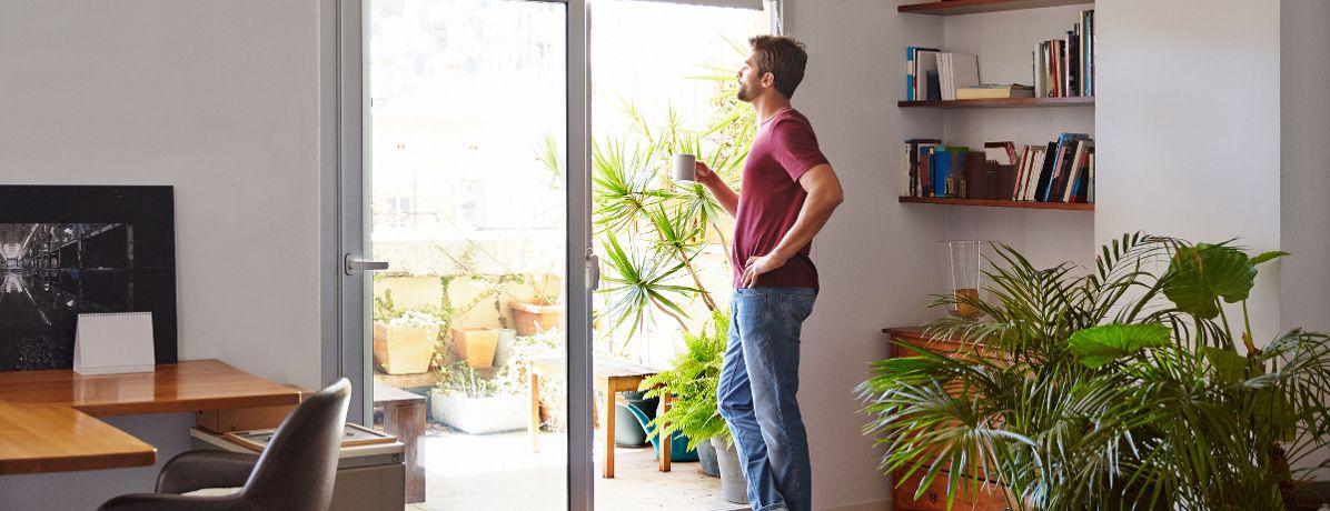 Quais são as vantagens e desvantagens do apartamento térreo?