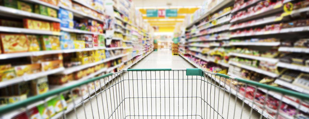 Saiba como planejar as compras no supermercado para garantir economia
