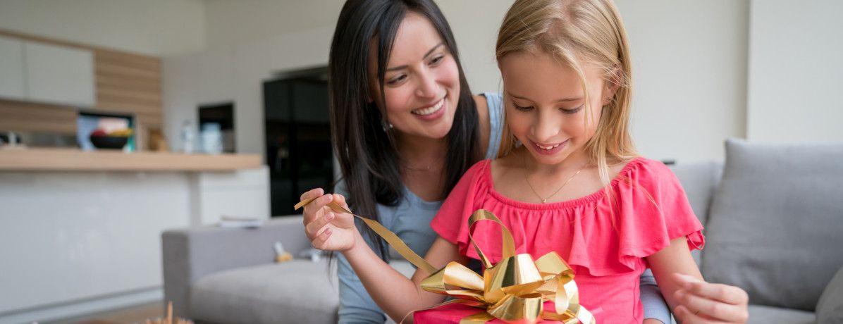Compras do Dia das Crianças: como presentear sem se endividar?