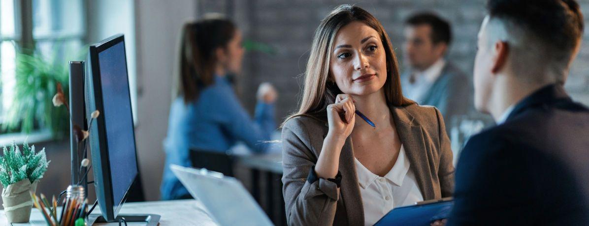 Conheça o papel do consultor de consórcio e saiba por que confiar nesse profissional