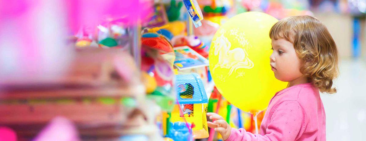 Consumismo infantil: como trabalhar com os filhos naturalmente?
