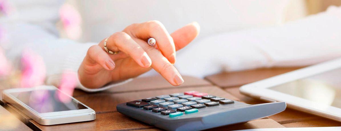 8 dicas para mulheres que moram sozinhas organizarem as finanças