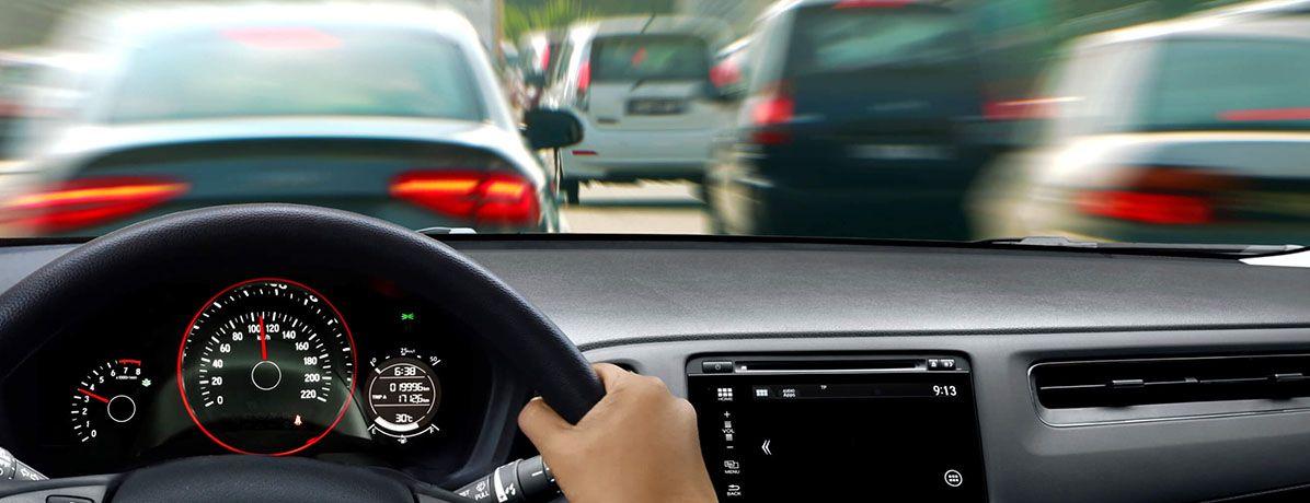 Direção econômica: 7 práticas para que o carro gaste menos