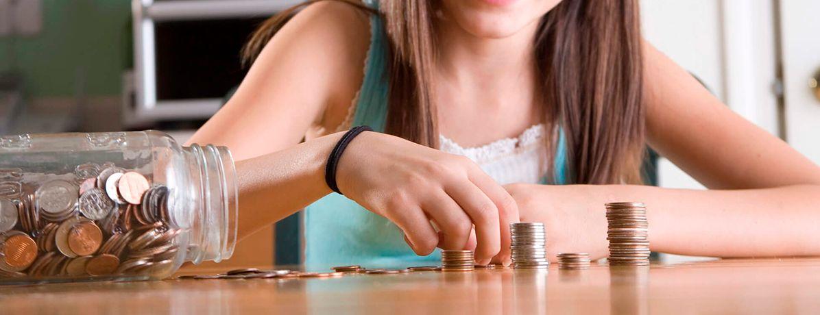 Educação financeira para adolescentes: saiba orientar seu filho