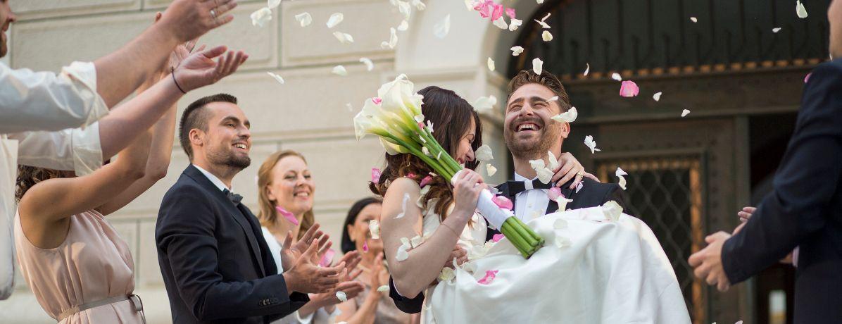 Fazer festa de casamento x comprar apartamento: o que é melhor?
