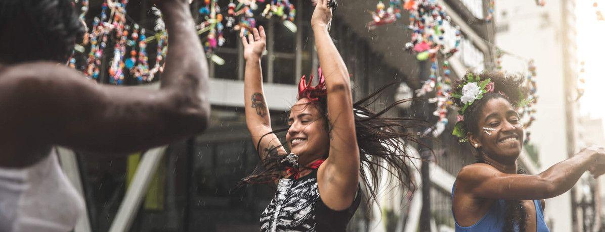 12 lugares para viajar no Carnaval com a sua galera