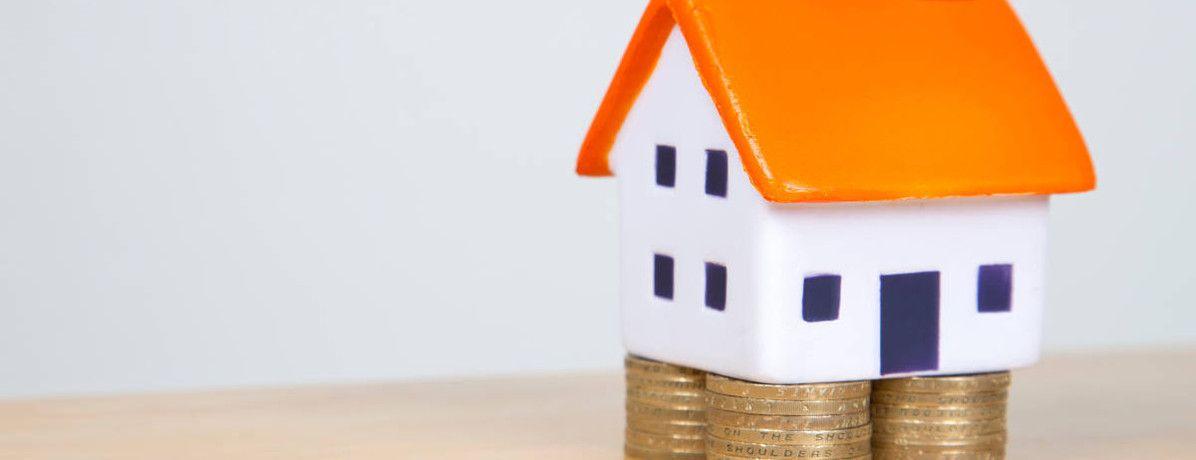 O que é melhor na crise: comprar um imóvel ou ficar com a liquidez?