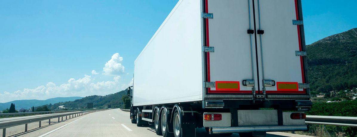 Transporte de carga: quais são os principais tipos e os seus cuidados?