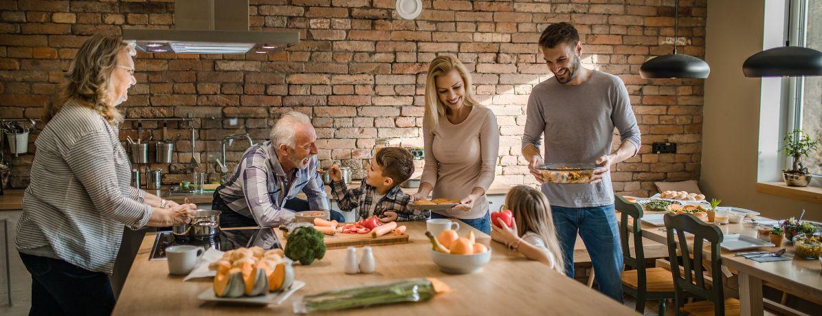Veja o que não pode faltar em uma casa para família grande